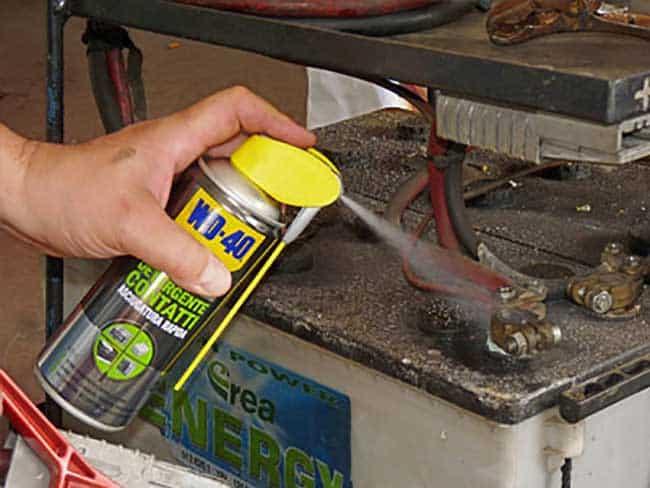 Batteria auto: come effettuare una corretta manutenzione