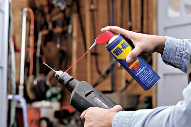 Come fare la manutenzione del trapano e del seghetto