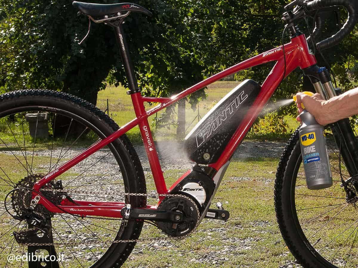 lavaggio bicicletta elettrica