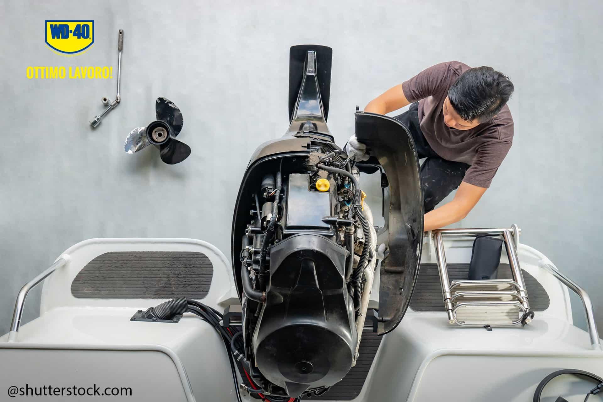 manutenzione della barca a motore
