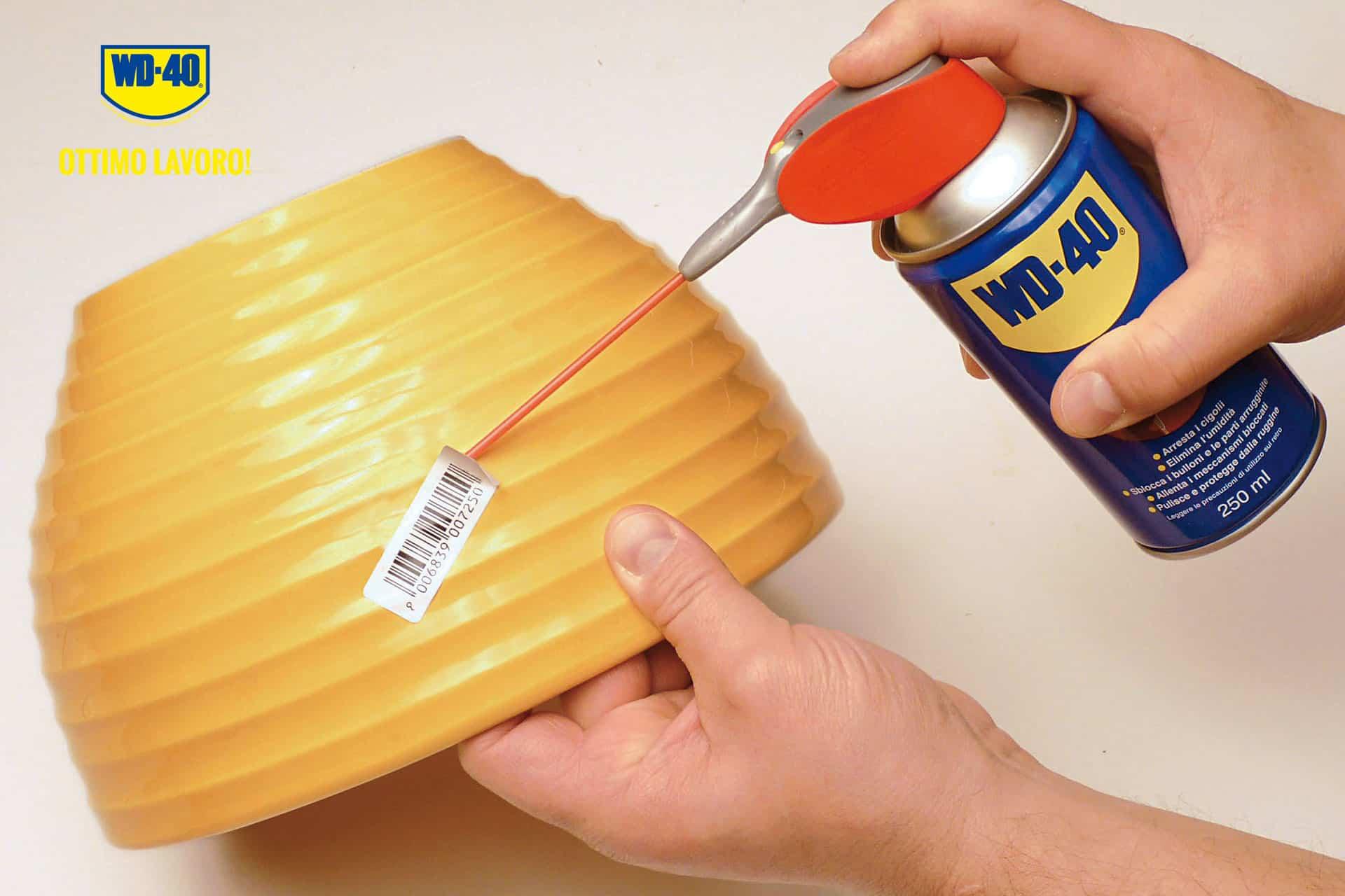 come rimuovere adesivi