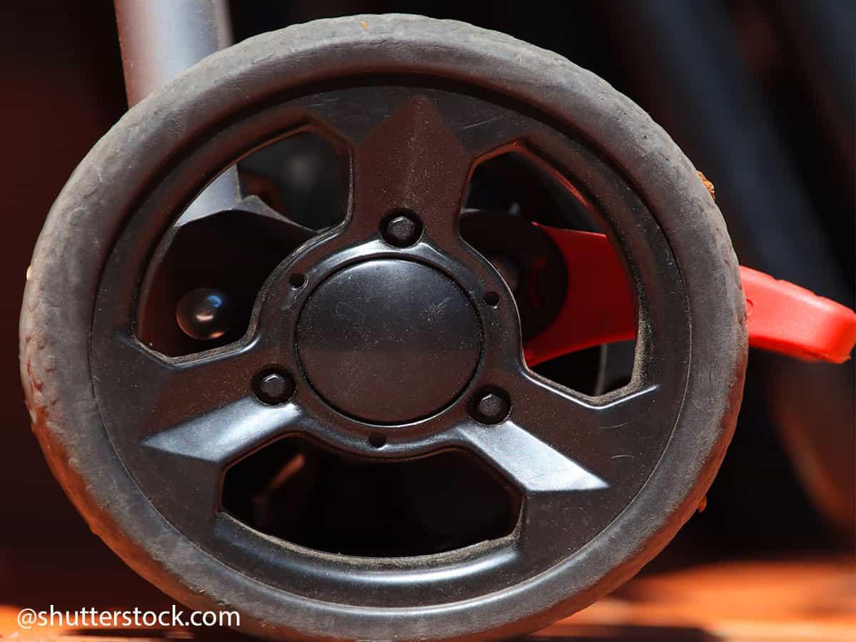 lubrificare ruote passeggino