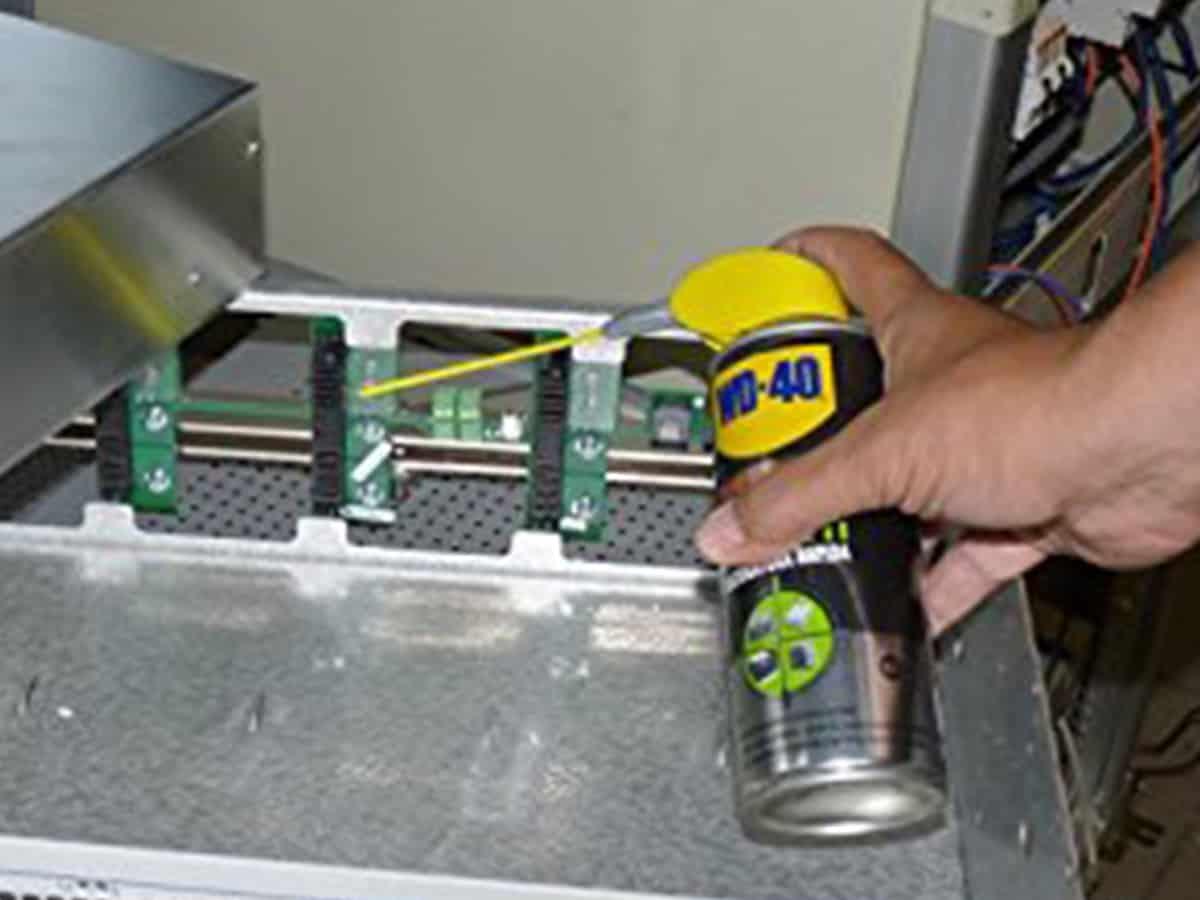 detergente contatti elettrici