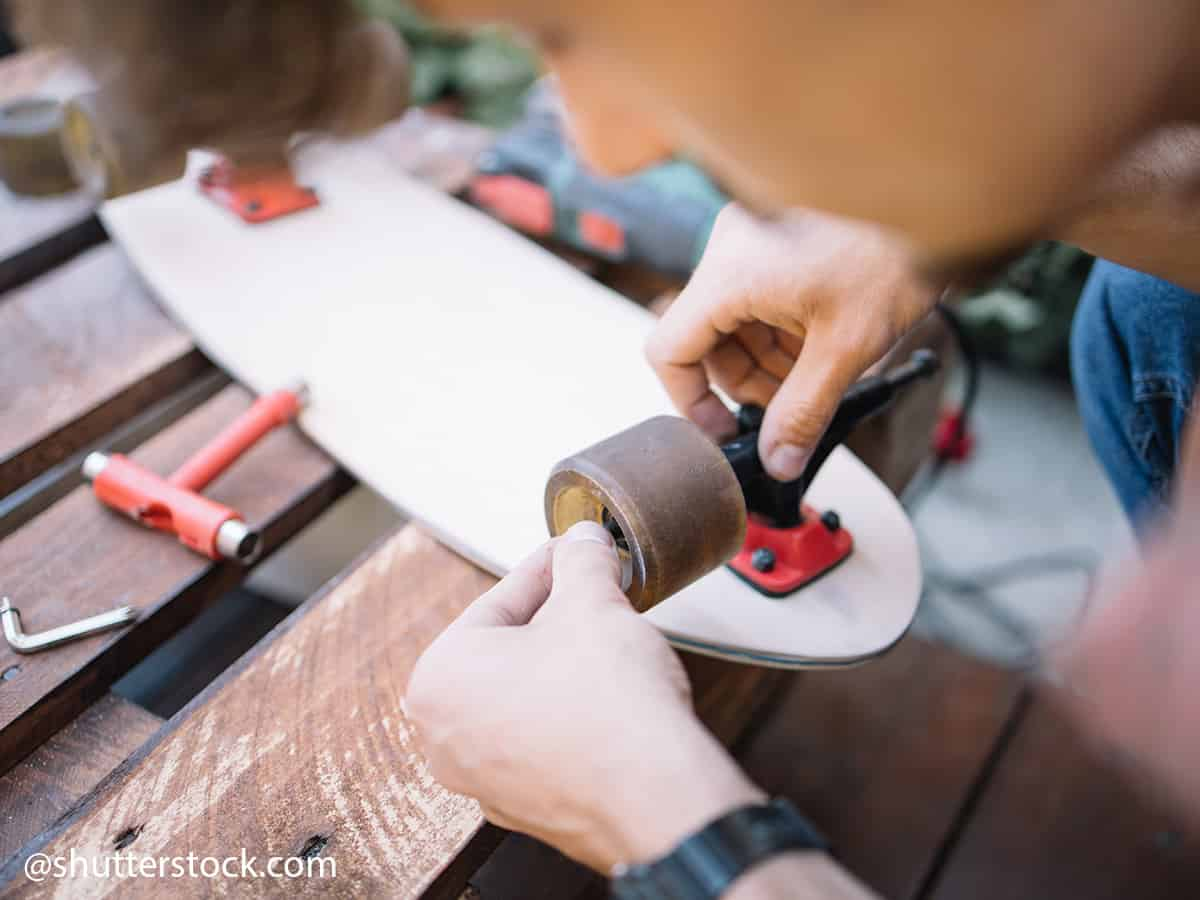how to perform maintenance on your skateboard 4