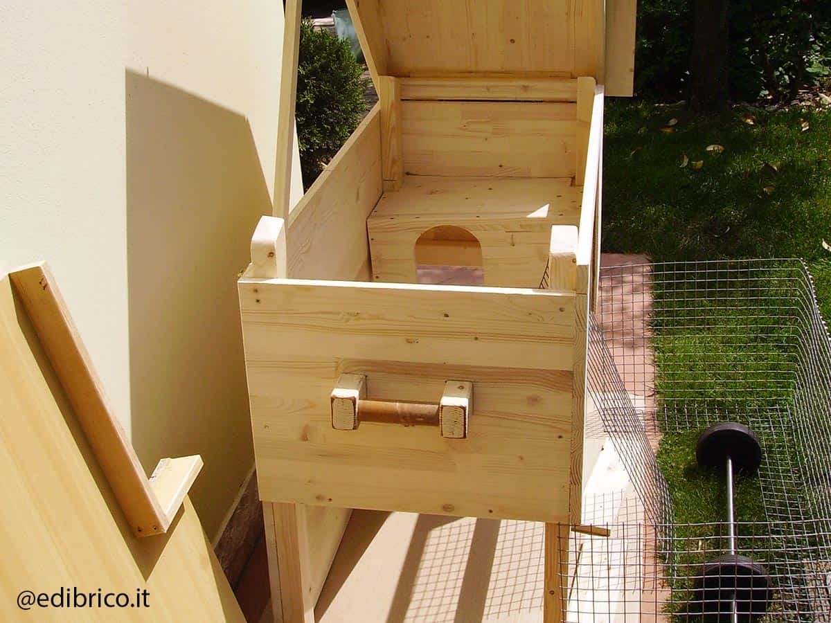 how to build a wooden rabbit hutch step 2
