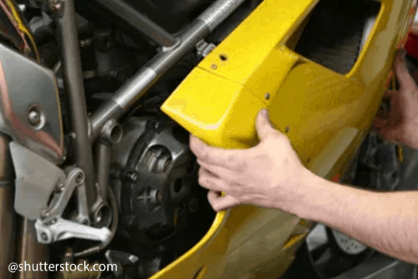 clean motorcycle carburettor