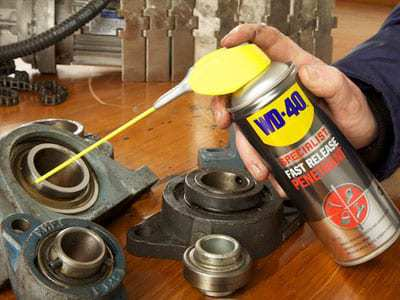 wd 40 specialist fast release penetrant usage shot2