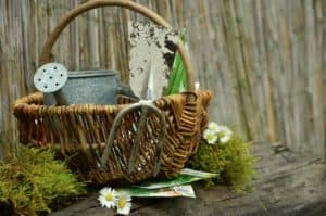 Dārza instrumentu glabāšana un kopšana