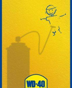 Kā notīrīt krītiņu zīmējumus no sienas
