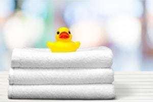Nettoyer et lubrifier la salle de bain avec WD-40