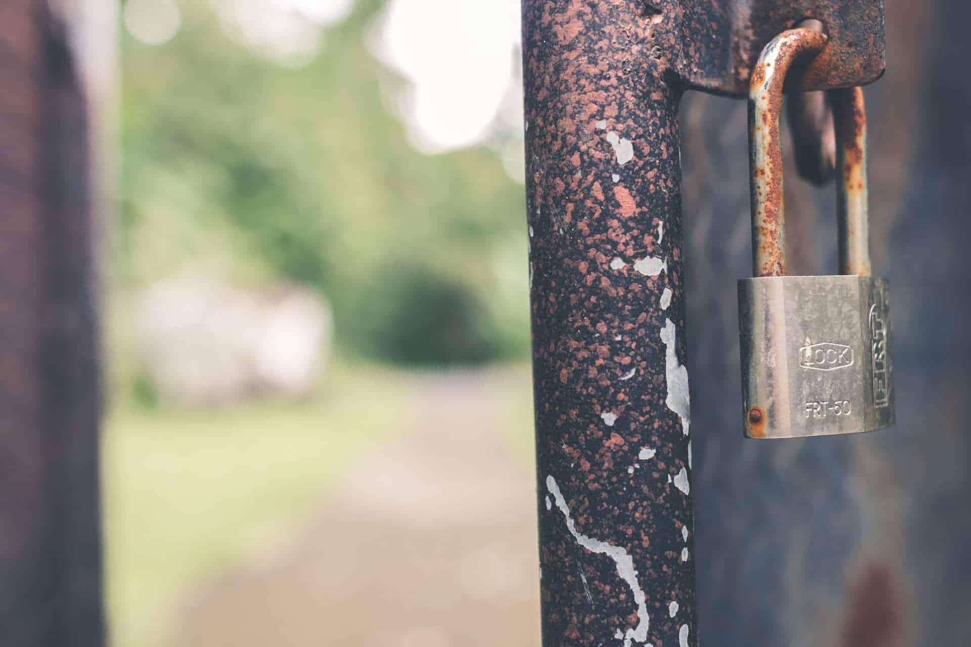 roest en corrosie wd 40 deur slot