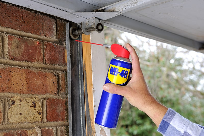 wd40mup home garage door1