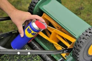 Onderhouden tuingereedschap - Help je tuingereedschap de winter door!
