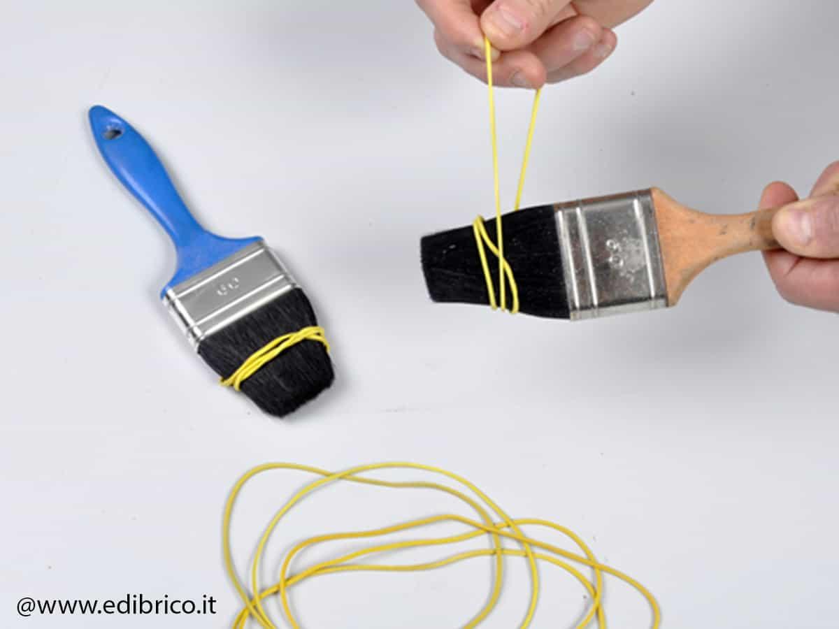 kwast schoonmaken elastiek