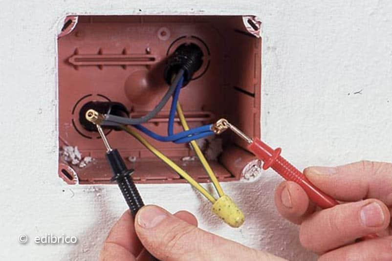 Controleer de werking van de knop