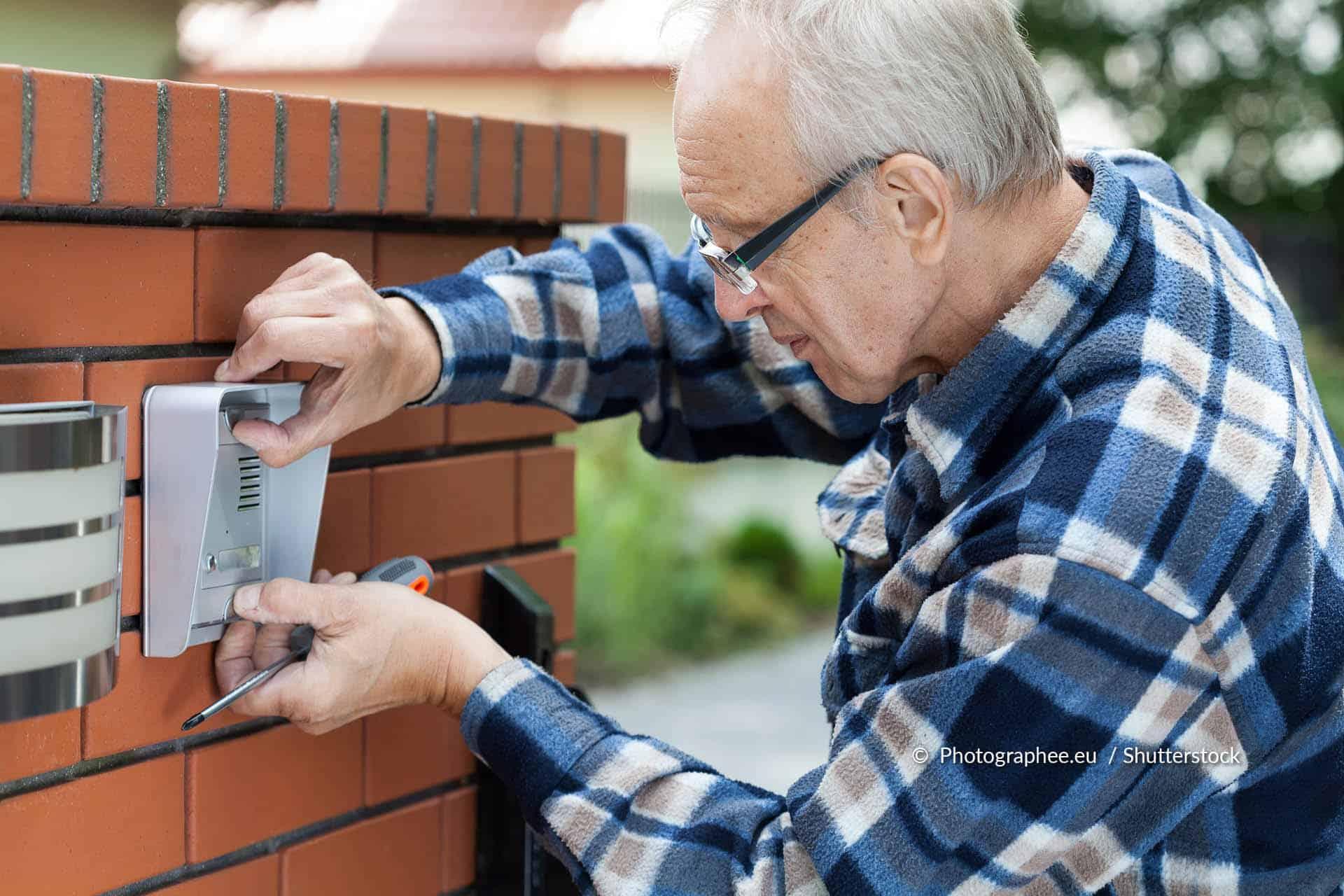 Kapotte deurbel repareren