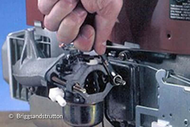 Verwijder de carburateur