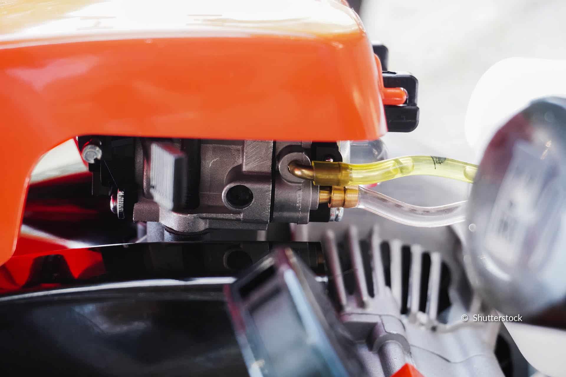 grasmaaier carburateur schoonmaken