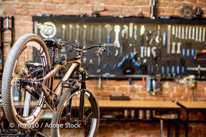 Installeer de fiets.