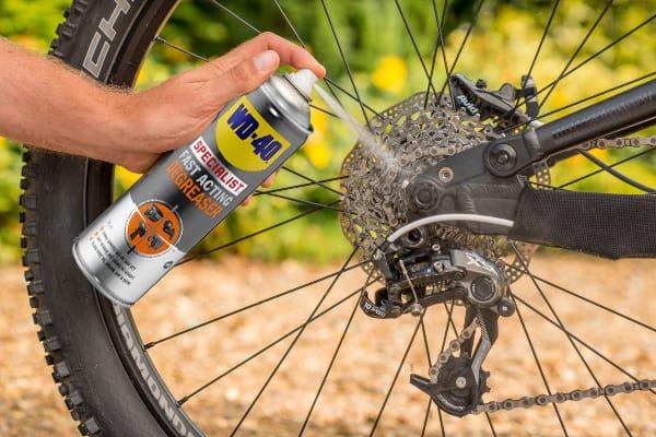Hvordan rengjøre sykkelkjedet