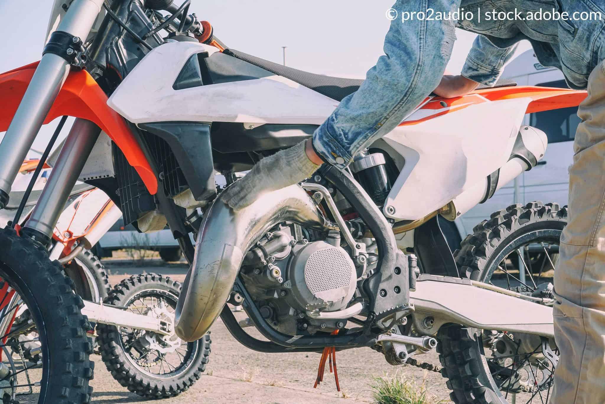 vedlikeholde motocrossen
