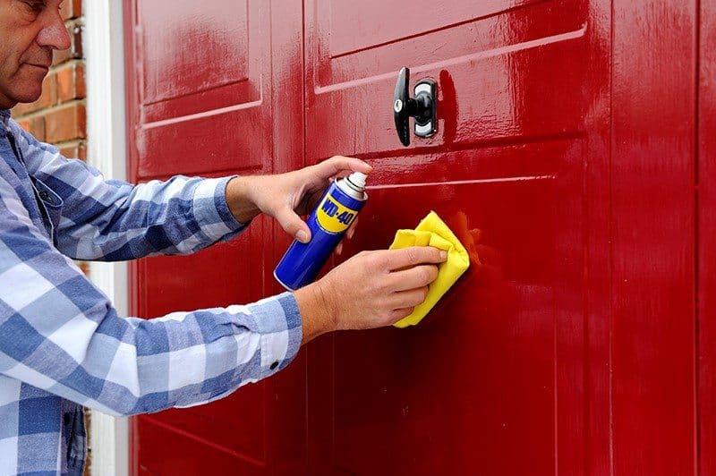 Smar do drzwi garażowych - rozwiązanie Twoich problemów