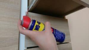 Prowadnice szuflad w domu – rodzaje i czyszczenie