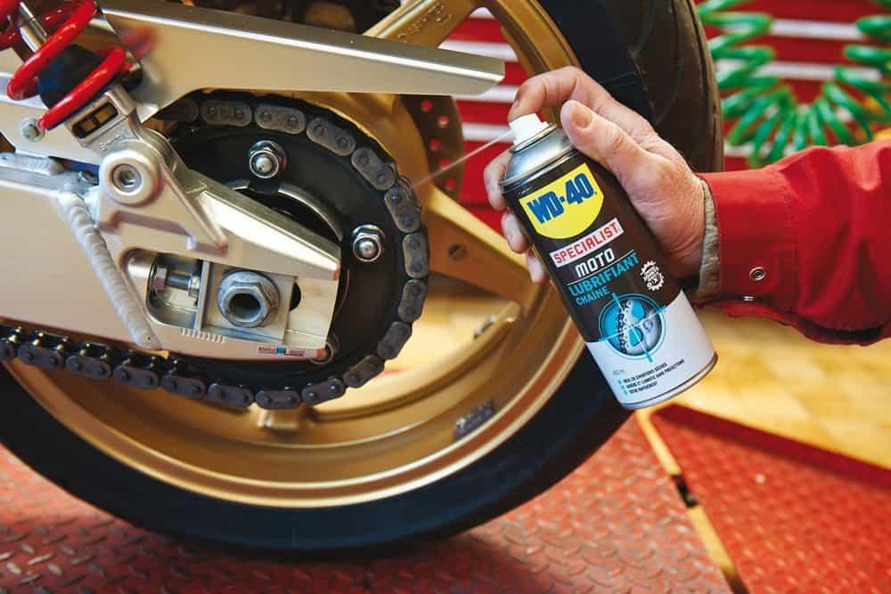 Vídeos de moto: Limpeza e lubrificação de correntes de motos