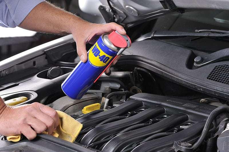lavar motor carro