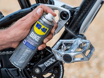 lubrificar pedais bicicleta lubrificante all conditions WD-40 BIKE
