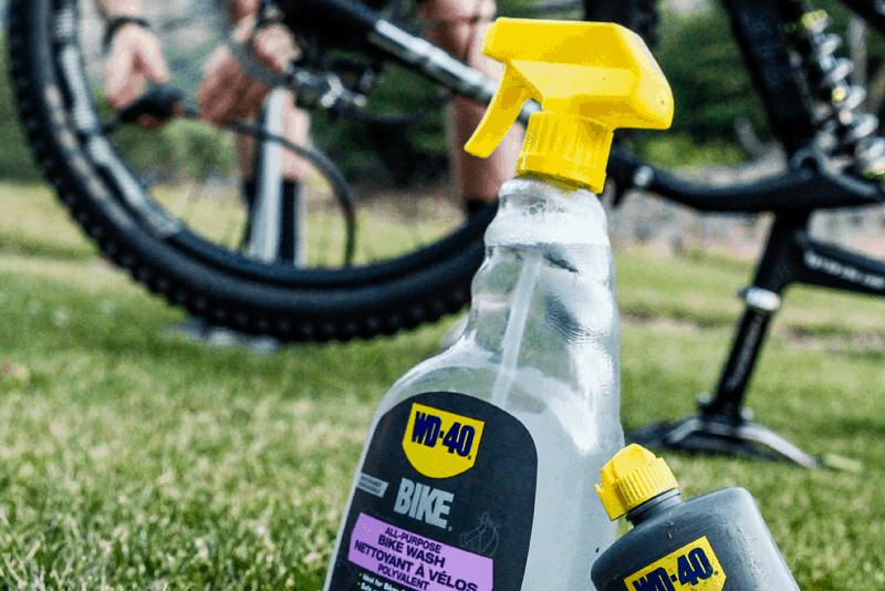 Lavar a bicicleta com WD-40 BIKE