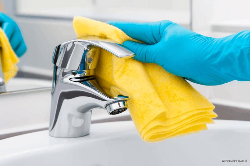 Renovar a casa de banho com WD-40