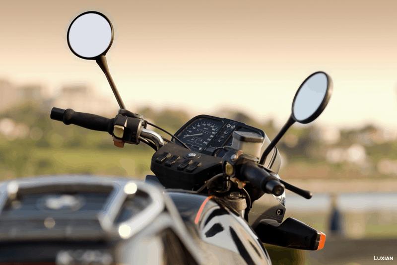 espelhos retrovisores da moto
