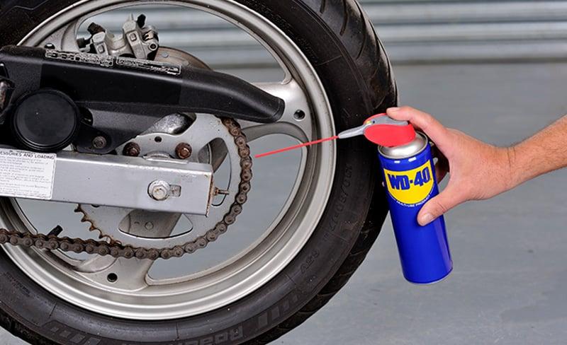 manutenção moto wd40