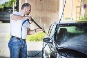 Sfaturi și trucuri pentru prevenirea formării ruginii pe mașină