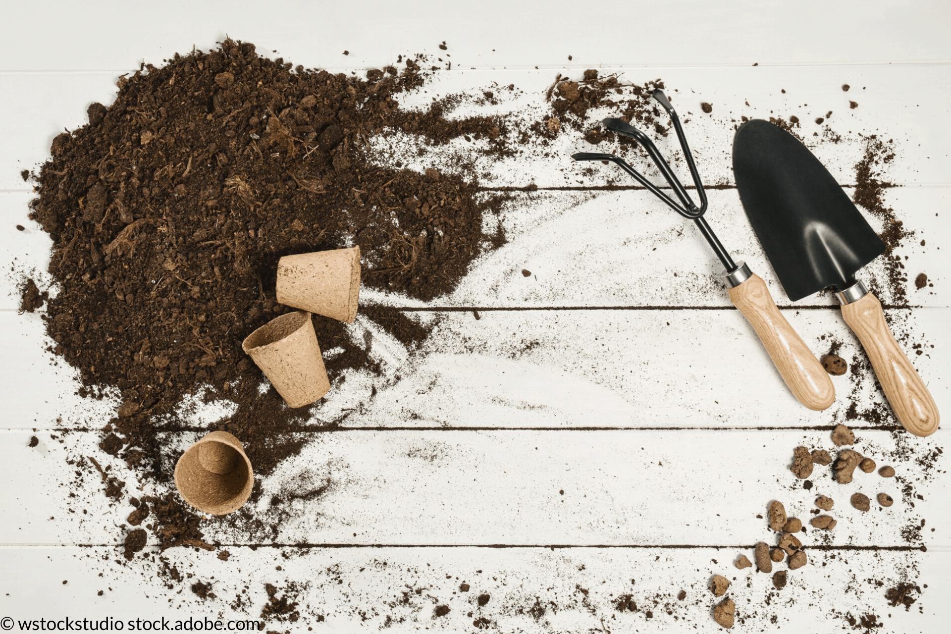 curatarea uneltelor de gradina