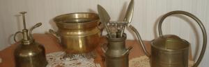 Чем почистить латунь и отполировать позолоченные предметы?