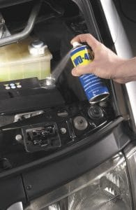Применение WD-40 для автомобиля