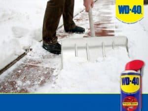 Применение смазки WD-40 зимой на даче и дома.