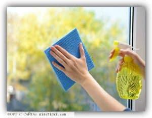 Простые советы, как вымыть окна и зеркала.