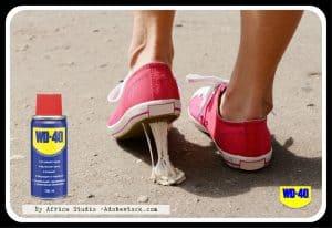 Как удалить жевательную резинку с обуви?