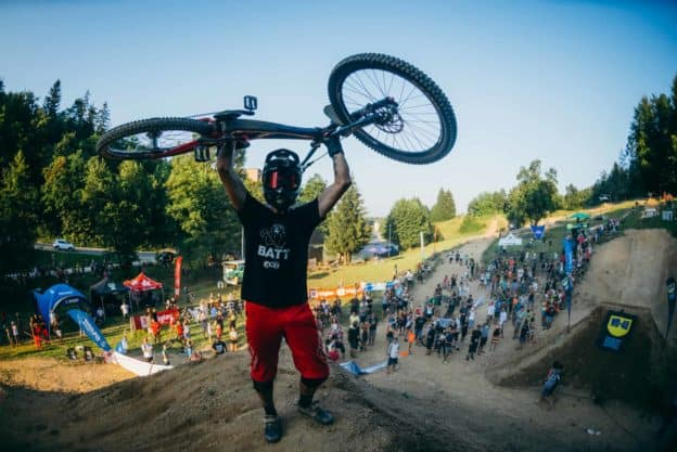 FlatOut Days by WD-40 BIKE Spektakularen kolesarski dogodek
