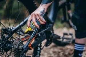 Pravilno mazanje verige kolesa