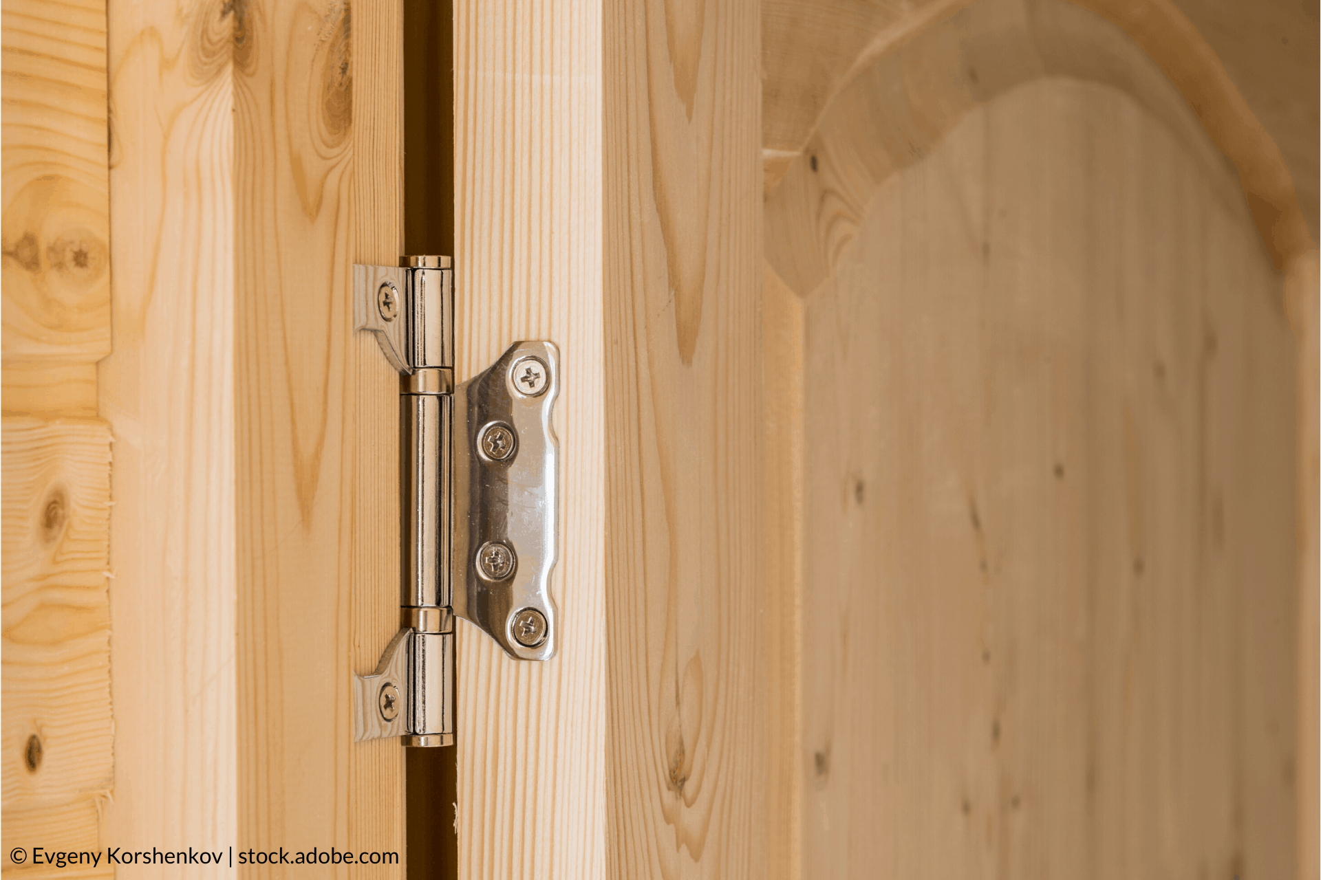 Vyhľadajte problém u vŕzgajúcich dverí