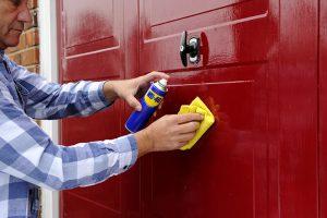 5 Viktiga tips om garageportsunderhåll för att hålla din garageport fräsch