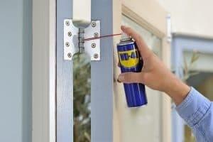 Gıcırtılı Kapılar İçin Pratik Çözüm