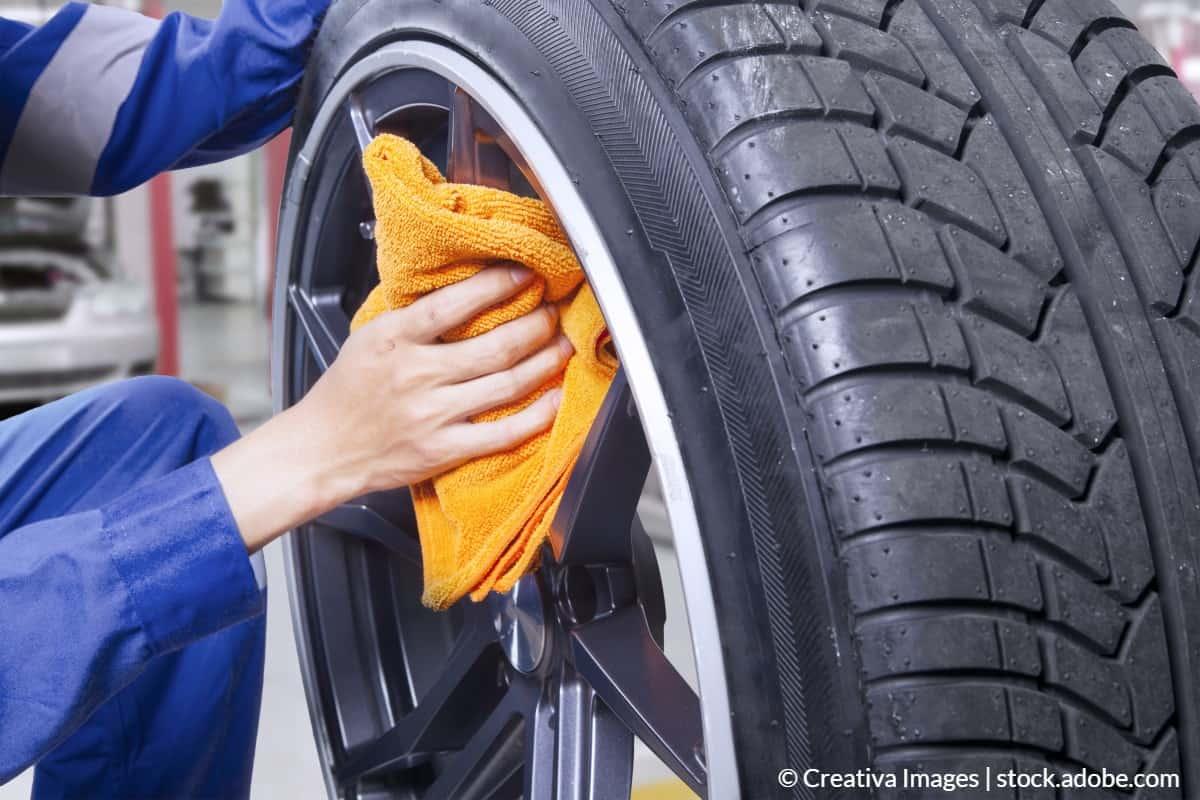 Araba jantlarını temizleyin